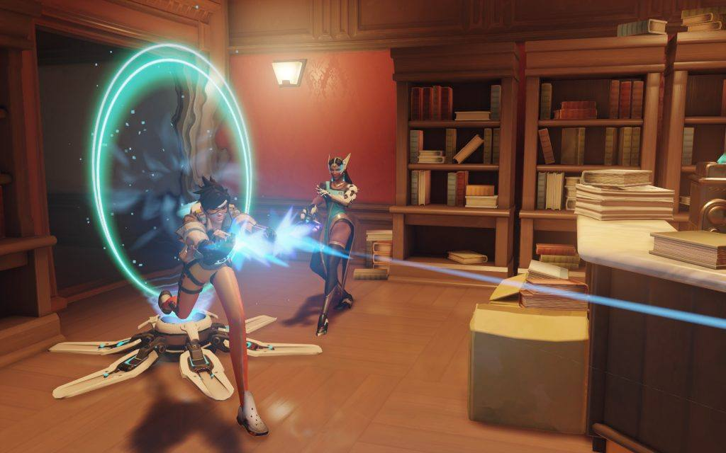 Best Overwatch Players: Tracer is particularly difficult to get to grips with but can be used effectively in comp play.