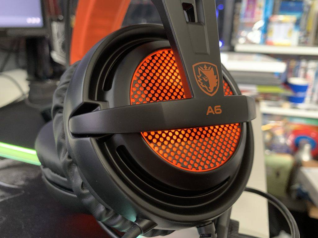 Sades A6 Orange LED are bright and looks good against the black.