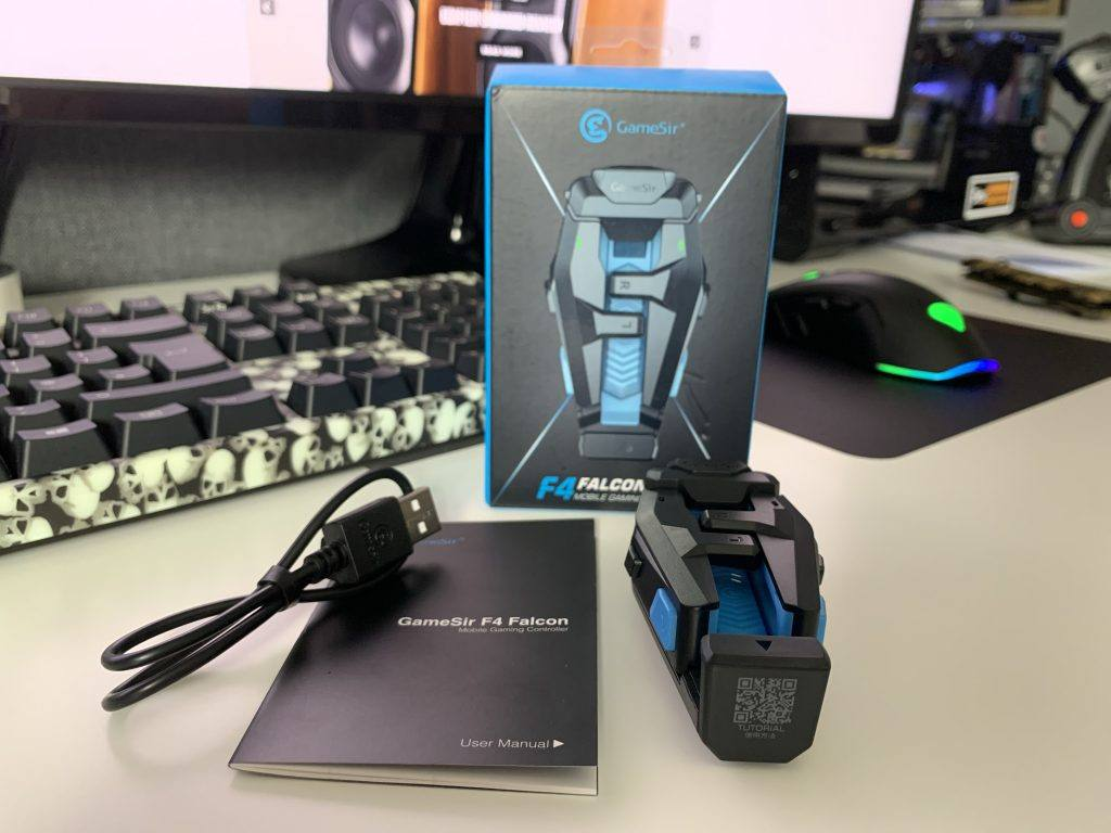 Gamesir F4 Falcon Review: What's in the box?